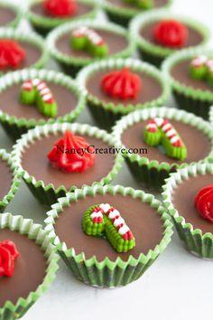 Holiday Peanut Butter Chocolate Meltaways @ NancyCreative.com