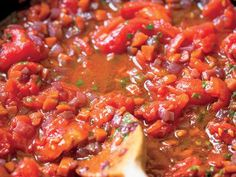 Finto means fake, so this Sugofinto is a 'fake' sauce. It originated with farmers who wanted the heartiness of red sauce but couldn't afford the meat. Pasta Sauce Recipes, Pasta Sauces, Cooking Channel Shows, Eat Your Books, Italian Appetizers, Italian Dishes, How To Cook Pasta, Us Foods, Pasta Dishes
