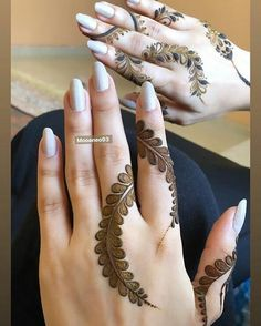 Mehndi henna designs are always searchable by Pakistani women and girls. Women, girls and also kids apply henna on their hands, feet and also on neck to look more gorgeous and traditional. Modern Henna Designs, Henna Tattoo Designs Simple, Latest Henna Designs, Finger Henna Designs, Mehndi Designs For Girls, Mehndi Designs For Beginners, Dulhan Mehndi Designs, Mehndi Design Photos, Wedding Mehndi Designs