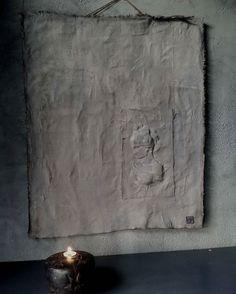 "Kalkverfdoek met afbeelding ""vrouw"" #tekoop #forsale #madebyme #kalkverfdoek#cartecolori#kalkverf#sober#stoer#landelijk"