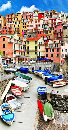 Manarola is a village in the province of La Spezia, Italy.  Click to see 25 of the most beautiful villages in the world!