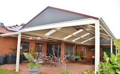 DMV verandah and end infill options that allows daylight entering your house while protecting from heat Northern Suburbs, Golden Grove, SA Carport Patio, Pergola, Modern Carport, Outdoor Living, Outdoor Decor, Patio Design, Home Improvement, Indoor, Building