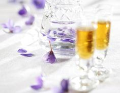 Veilchenlikör - Rezept - ichkoche.at