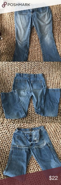 Cute Abercrombie & Fitch Women's Jeans Cute Abercrombie & Fitch Women's Jeans. Size 8 women's jeans. Please see the bottoms in the pictures there is fraying, but it's not too bad. Cute pockets, boot cut jeans. Well loved. They just don't fit me post pregnancy. Hope they can adorn your closet and you! Abercrombie & Fitch Jeans Flare & Wide Leg