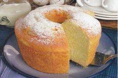 Nota: retificar açúcar, pouco doce cá para casa ;-) , bolo muito fofo parecido ao pão de ló —————————Receita de bolo fofíssimo