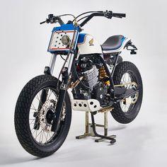 Honda XR600 By @va_vintageaddiction // New merch! Link in bio. // #caferacer