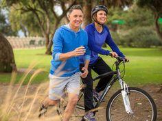Gerade im Alter 50+ können Sie einiges gegen Rückenbeschwerden, Arthrose und Herz-Kreislauf-Erkrankungen tun. Mit Trainingsplan bei EAT SMARTER.