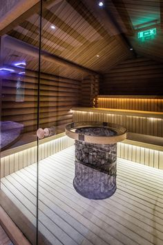 Lovely And Cozy Home Sauna Design Ideas. Here are the And Cozy Home Sauna Design Ideas. This article about And Cozy Home Sauna Design Ideas was posted under the category by our team at April 2019 at pm. Hope you enjoy it and don& forget . Spa Interior, Interior Design, Wellness Spa Hotel, Sauna Wellness, Sauna Lights, Indoor Sauna, Sauna Design, Sauna Room, Modern Houses