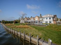 Magnificent Waterfront Estate in Water Mill, NY 5