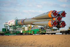Expedition 41 Rollout (201409230023HQ)