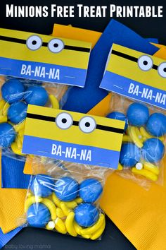 Minions Free Treat Printable: Download this treat bag free printable to create these fun DIY snack bags in celebration of the Minions movie or as party favors for your next Minions birthday party!                                                                                                                                                                                 Más