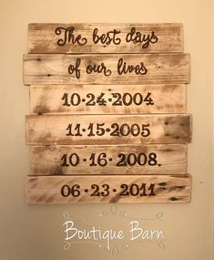 Items similar to Important Family Dates Sign Personalized Rustic Reclaimed Wood Farmhouse Decor Custom For Grandparents, Mothers Day Wedding Anniversary on Etsy Wedding Anniversary Message, Anniversary Crafts, Diy Wooden Shelves, Wooden Diy, Diy Home Crafts, Wood Crafts, Family Wall Art, Cottage Art, Family Signs