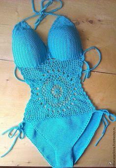 maillot de bain Crochet Lingerie, Bikinis Crochet, Crochet Bikini Pattern, Crochet Bikini Top, Crochet Woman, Diy Crochet, Crochet Baby, Crochet Top, Crochet Videos