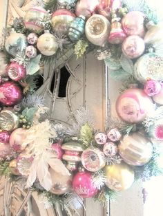 DIY:: Vintage Ornament Wreath