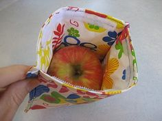 Re-usable snack bags from a vinyl tablecloth