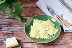 Ravioli medvehagyma pestós sajtkrémmel - Városi konyha