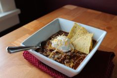Slow Cooker Chunky Beef and Beans Chili