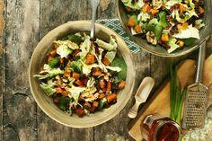 A legkirályabb csípős sali édesburgonyával Naan, Superfood, Mozzarella, Tofu, Tacos, Mexican, Healthy Recipes, Chicken, Ethnic Recipes