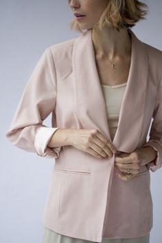 PINK BLAZER $42 #womensfashion #fashion #style #preownedclothing #style #clothes #shop #vintage #vintageshop #nashville #nashvilleshop #blushblazer #womensblazer #pink