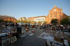 vosseplein in Brussel, Bruxelles-Capitale Perfect second hand market