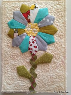 Dresden plate flower postcard quilt by Fiona Dresden Plate Patterns, Dresden Plate Quilts, Quilt Patterns, Fabric Postcards, Fabric Cards, Small Quilts, Mini Quilts, Quilting Projects, Quilting Designs