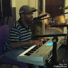 Man to see a mentor excel in so many areas and to remember the blueprint talks ty 4 sharing sir @Regrann from @iamderrickmonk -  #inshot #listen  #music #writing #song #mic #happy #fun #music #God #glory #hot #cool #fashion #friends #smile #follow4follow #like4like #instamood #vocals #musicians #amazing #producer #love #recordings #lol #my #blessed#MMV #BIGLIFE