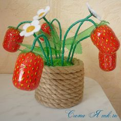 A strawberry from a plastic bottle and containers from kinder-surprises - handmade gifts Egg Crafts, Diy And Crafts, Crafts For Kids, Projects For Kids, Diy For Kids, Art Projects, Basket Decoration, Rustic Wall Decor, Recycled Crafts