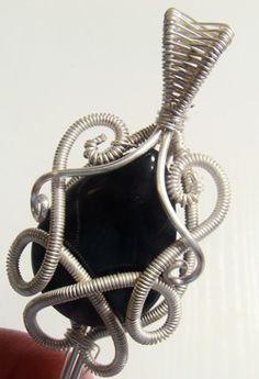 wire jewelry pendant