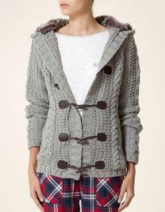 Oysho Chaqueta tricot con capucha pelo