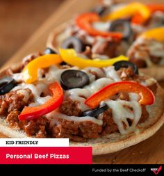 Try this personal pizza for your next meal. Ground Beef Italian-Style Sausage, pizza sauce, and shredded mozzarella cheese on thin sandwich bread. Beef Nutrition, Beef Pizza, Sandwich Thins, Personal Pizza, 30 Minute Meals, Ground Beef, Food To Make, Sausage, Favorite Recipes