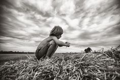 Mom's Gorgeous Black And White Photos Capture The Innocence Of Childhood