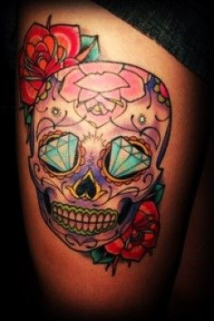 beautiful sugar skull thigh tattoo.halloween skull tattoo for fashion girls-t29431.jpg (236×354)