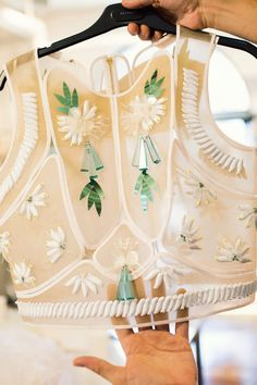 A closer look at the intricate details of Delpozo's Spring/Summer 2014 collection. Look Fashion, Fashion Details, Womens Fashion, Fashion Design, Fashion Trends, Couture Details, Ann Street Studio, Estilo Lolita, Cooler Look