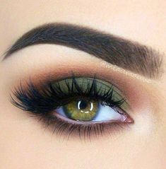 Lashes + Green Smokey + Brown Under Eye + Copper Crease Eye Makeup Eye make up Eye Makeup Tips, Skin Makeup, Makeup Inspo, Makeup Inspiration, Makeup Ideas, Makeup Geek, Makeup Products, Rave Makeup, Zombie Makeup