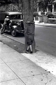 Helen Levitt [Kids on the Street Playing Hide and Seek, New York City] 1942
