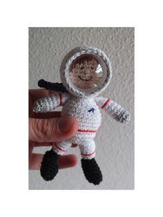 Gehäkelter Astronaut  Crochet Astronaut