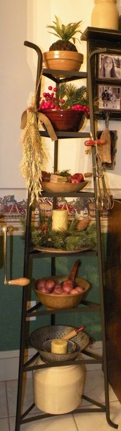 The Primitive Country Bug: Vintage Christmas