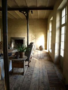 Architect Bernard de Clerck, farmhouse restoration featuring floorboards by Corvelyn (be), image via Bernard De Clercke Home Interior, Interior Architecture, Interior And Exterior, Interior Decorating, Interior Design, Casa Wabi, Casas Shabby Chic, Casa Loft, Beautiful Space