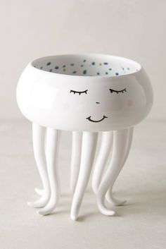 A jellyfish who's willing to keep track of all your doodads. | 19 Adorable Products Just Looking For Someone To Love Them