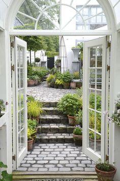 Beautiful garden area!