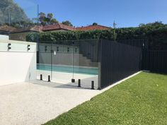 Aluminium and Glass Pool Fencing Combined - Fence Spot Aluminum Pool Fence, Glass Pool Fencing, Glass Fence, Fence Around Pool, Outdoor Fencing, Pool Paving, Pool Storage, Fence Landscaping, Dream Pools