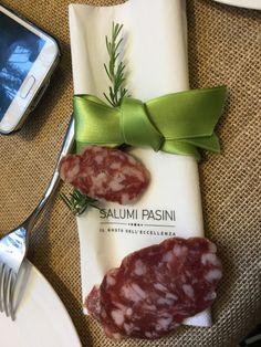 A due passi da Milano si trova una delle eccellenze Made in Italy la Salumi Pasini, un concentrato di eccellenza, gusto, tradizioni ed innovazione. Volete saperne di più ? Leggete qui:  https://annasweetsecrets.wordpress.com/2016/07/25/salumi-pasini-gusto-ed-eccellenza-della-tradizione-culinaria-lombarda/