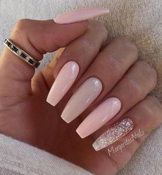 In the matter of coffin nails, the longer the better. The simpler, the more fab. And this look just proves both those points.