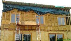 Se construyen una casa de paja porque quieren que su hogar sea lo más natural posible - Ecocosas