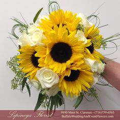 Yellow | Buffalo Wedding & Event Flowers by Lipinoga Florist