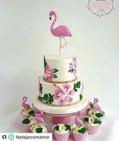 Pink Flamingo Party, Flamingo Birthday, Luau Birthday, Hawaiian Birthday Cakes, Luau Cakes, Beach Cakes, Party Cakes, Party Favors, Party Decoration