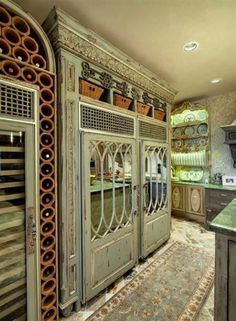 That's a refrigerator! Beautiful!
