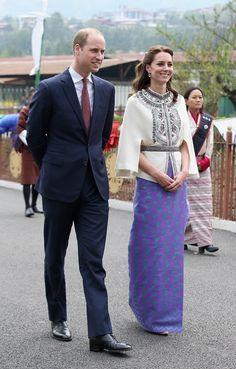 Kate Middleton aparece maravilhosa em traje típico durante viagem à Índia
