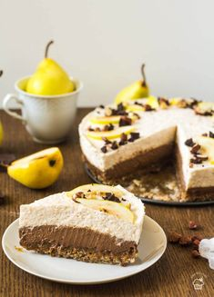 čokoládovo hrušková mousse torta Mousse, Czech Recipes, Ethnic Recipes, Sweet Recipes, Tiramisu, Cheesecake, Food, Food Cakes, Cheesecakes