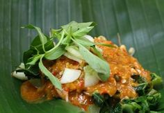 indouniqueholiday | Pecel Water Spinach - Unique Food From Indonesia